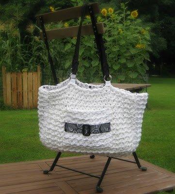 Buckle Bag - Free Crochet Pattern from Amanda Saladin