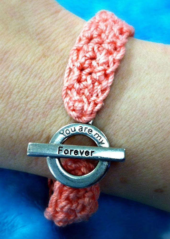 Forever Bracelet - Free Crochet Pattern from Amanda Saladin