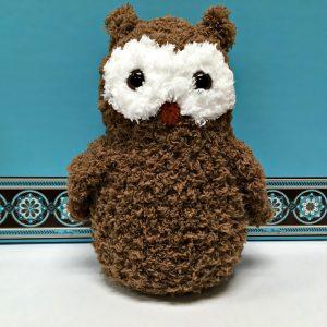 Free Crochet Pattern - Mama Pipsqueak Owl by Amanda Saladin