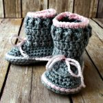 Free Crochet Pattern - Spring Baby Boots