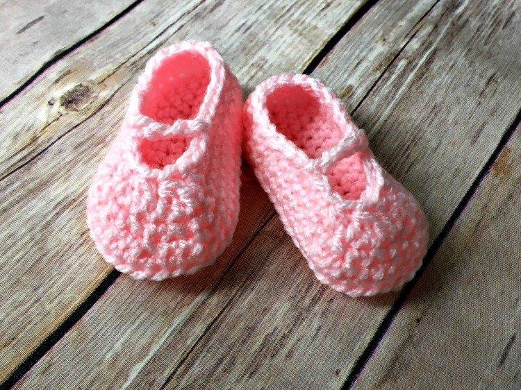 Free Crochet Pattern - Baby Ballet Slippers