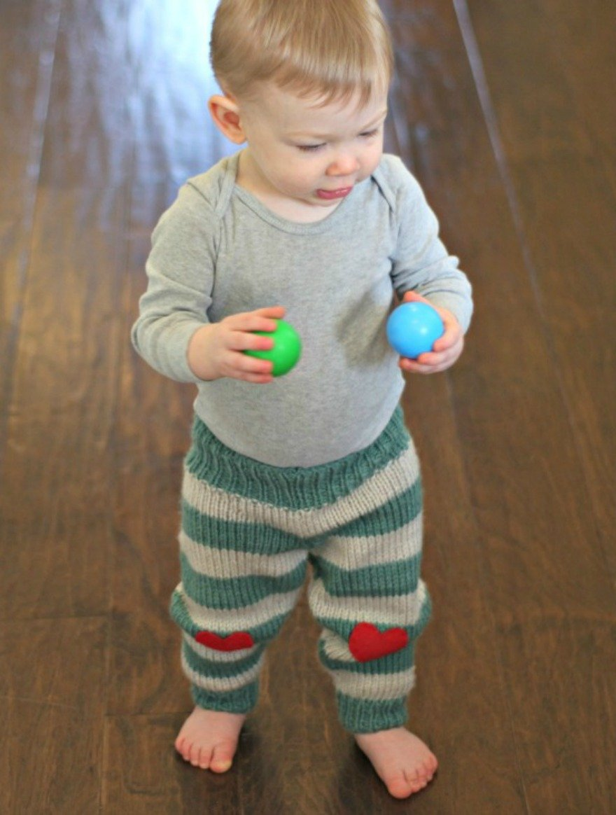 Striped Baby Pants - Free Knitting Pattern