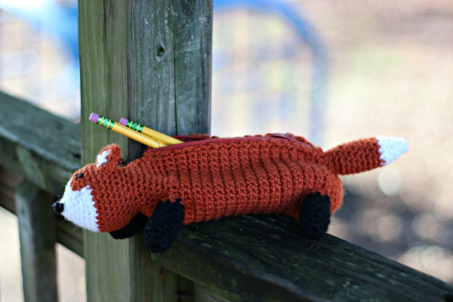 Crochet this adorable Fox Pencil Case with this FREE crochet pattern!