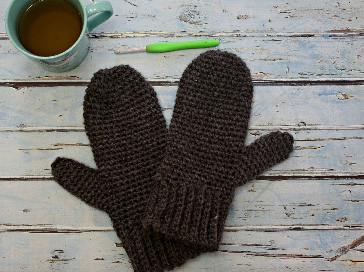 Basic Mens Mittens Free Crochet Pattern Love Life Yarn