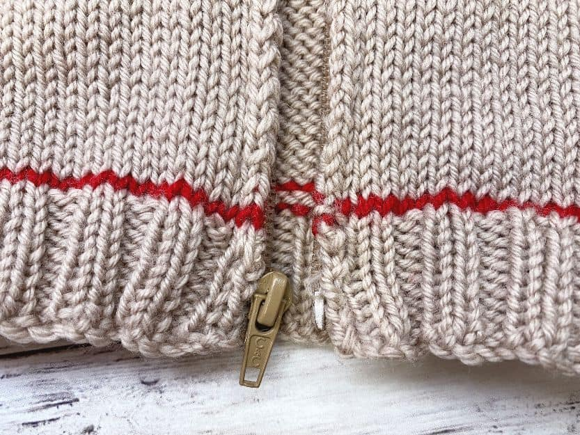 zipper detail for baby cardigan knitting pattern