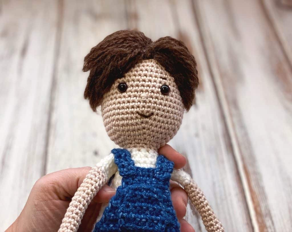 Hank - free crochet doll pattern close up pic