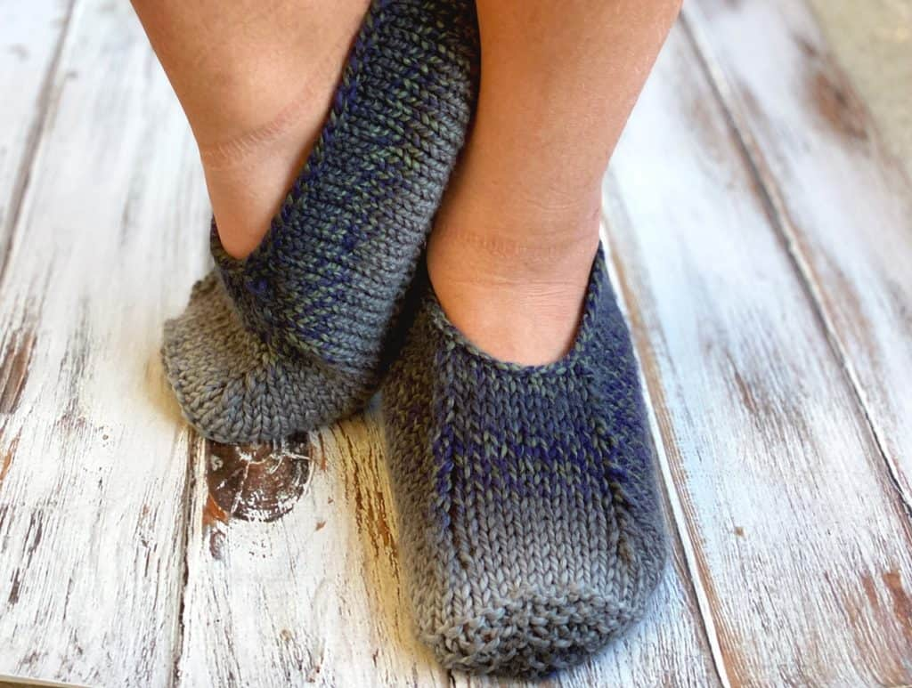 knit slippers from the front