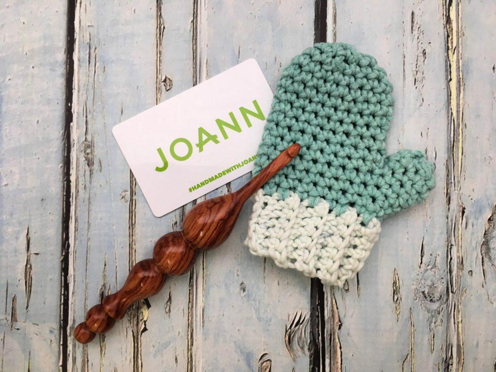 Free Crochet Pattern - Mitten Gift Card Holder