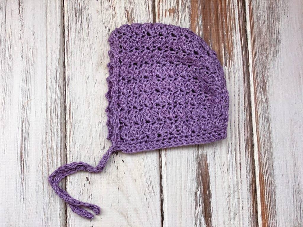 simple crochet baby bonnet flat